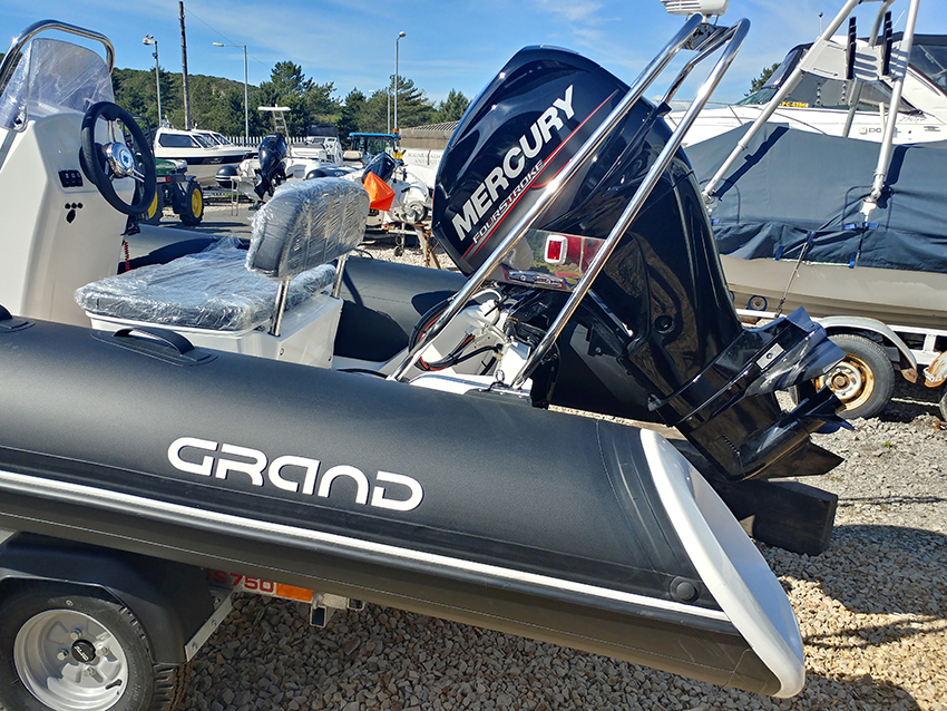 Grand S420 For Sale at Harbour Marine