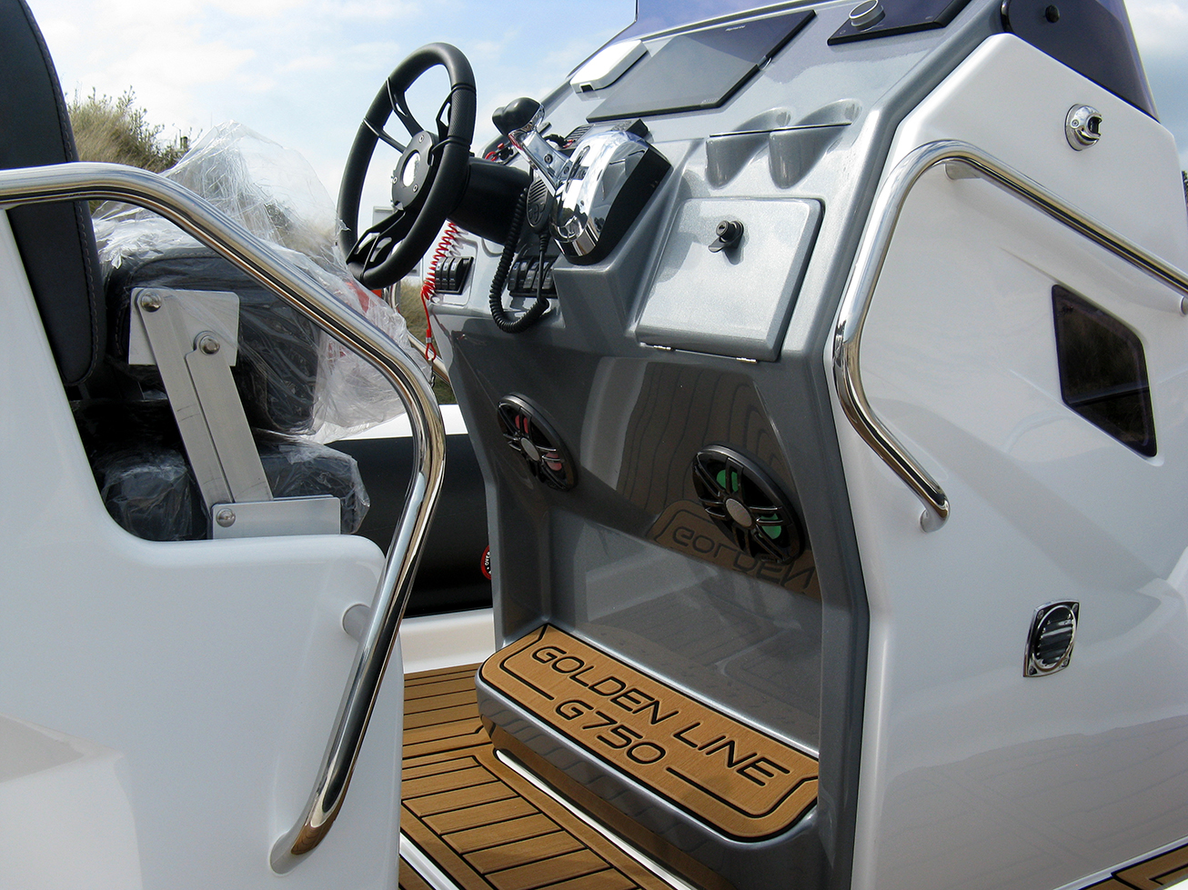 Grand G750 RIB for sale at Harbour Marine Pwllheli