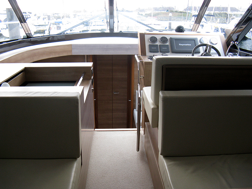 Sealine F46 For Sale At Harbour Marine in Pwllheli, North Wales