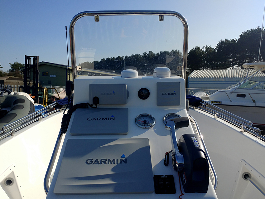 Atlantis 20 Centre Console Fishing Boat For Sale
